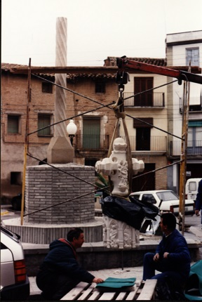 Cruz Término Binéfar_Colocación_27-11-1997 b